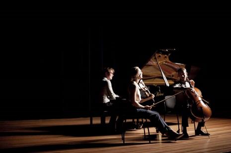 Mosa Trio